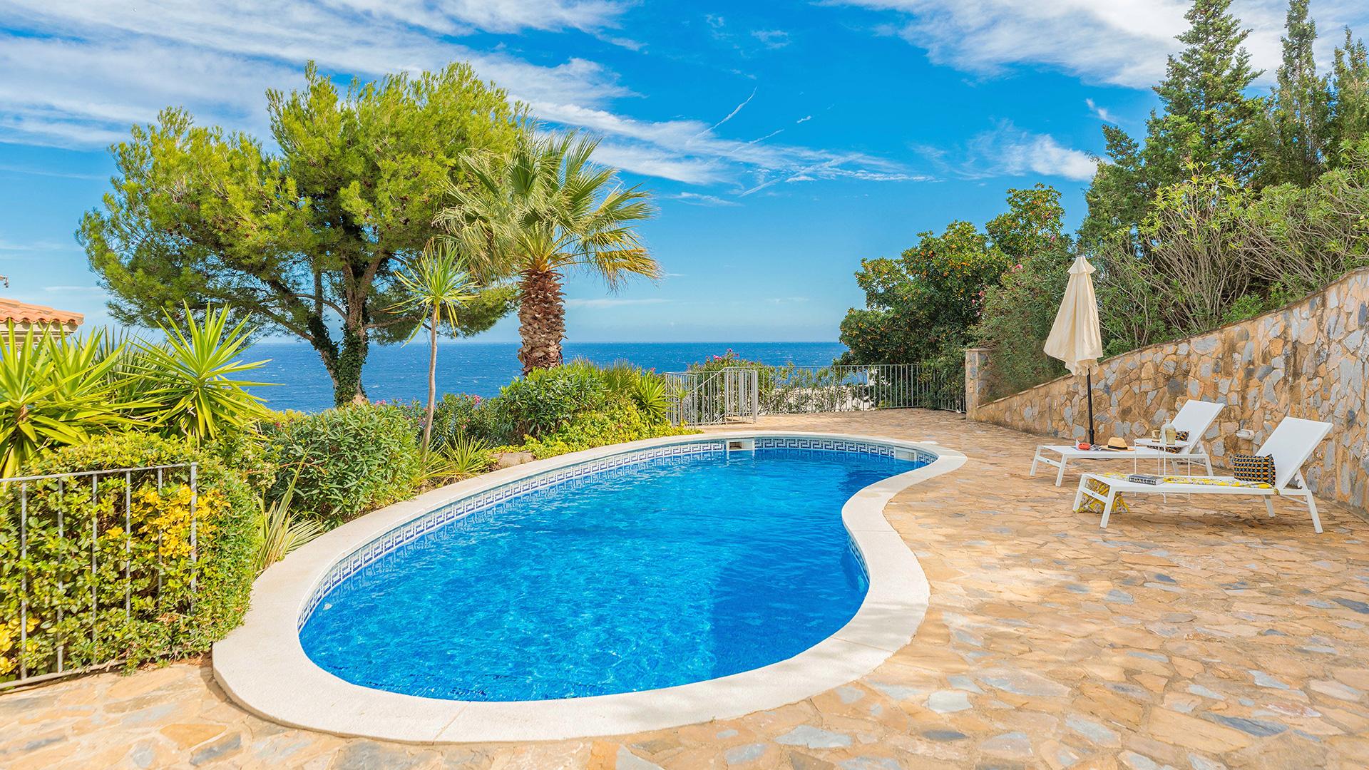 Casa con piscina Begur