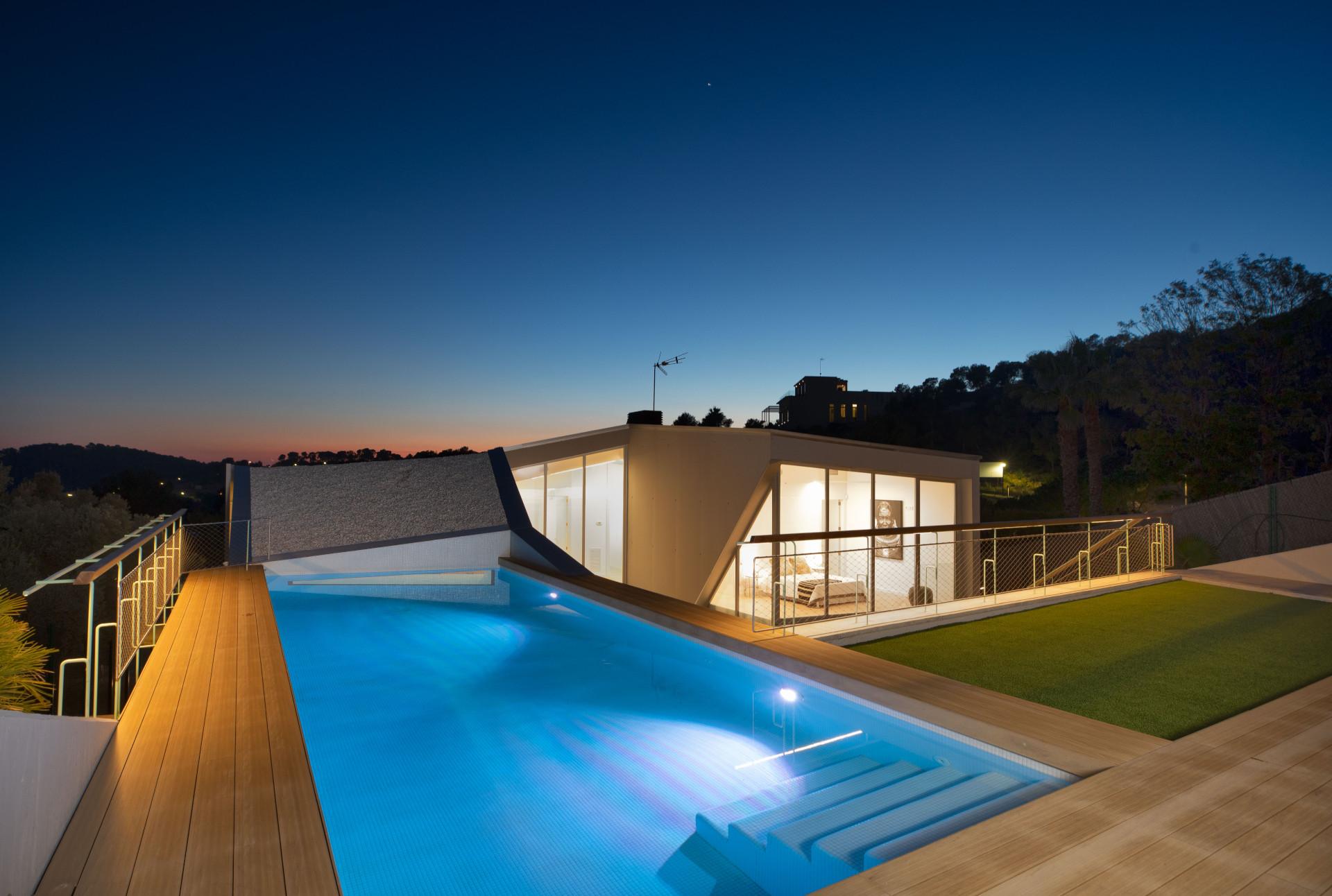 Casa de diseño con piscina Sitges