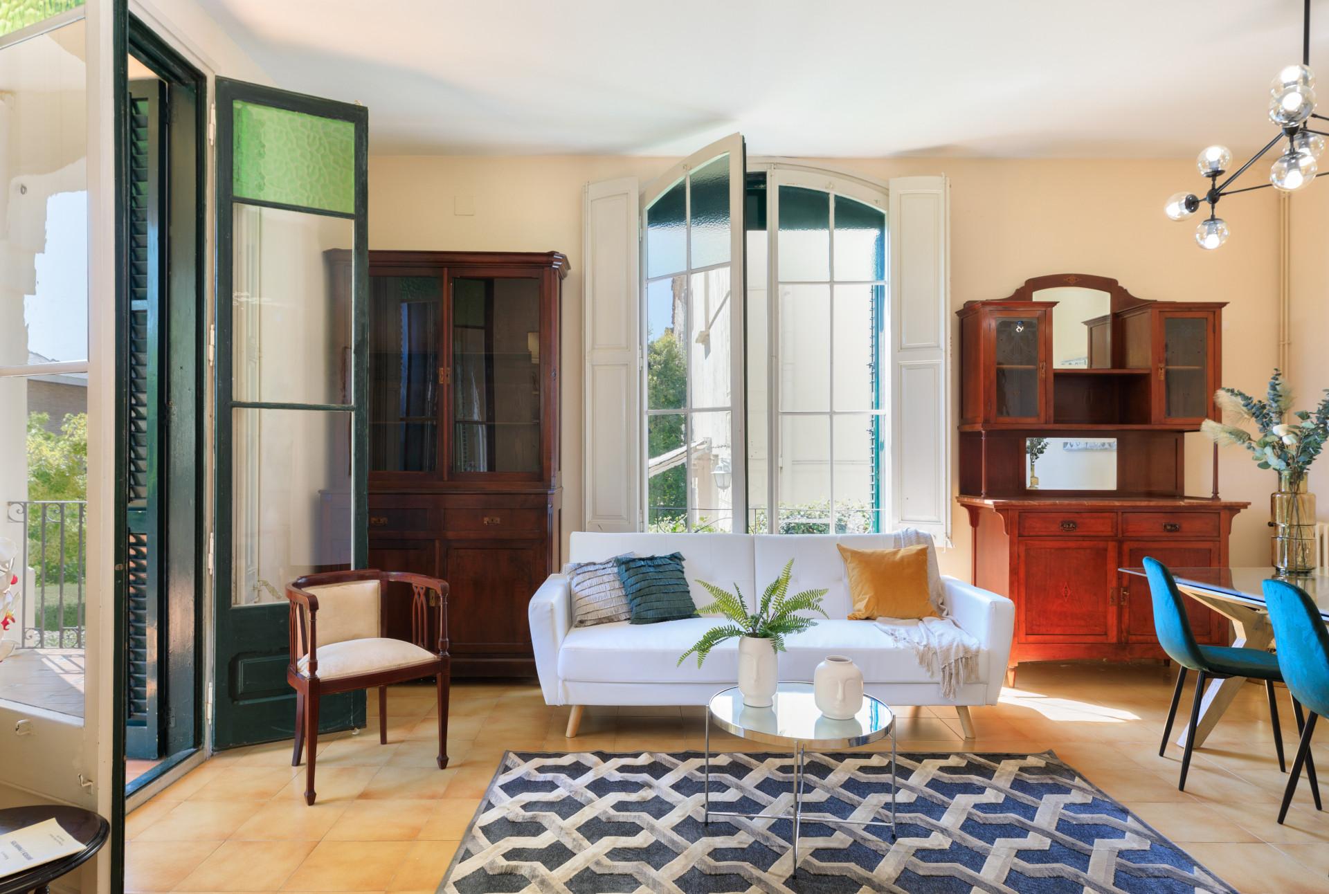 Casa Modernista en venta